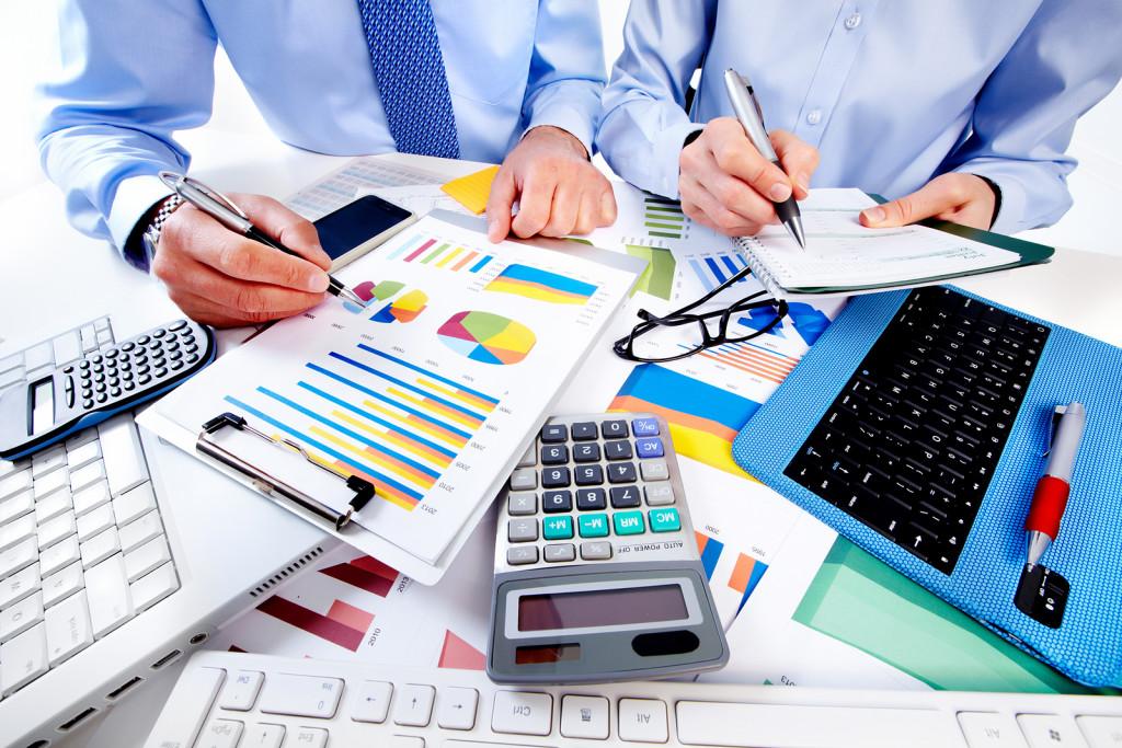 Carrera de contabilidad, empresas, numeros